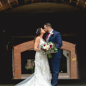 Classic and traditional wedding photos. at Brick Farm Tavern JPBC-14