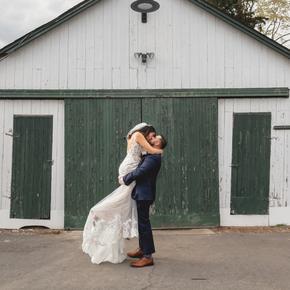 Classic and traditional wedding photos. at Brick Farm Tavern JPBC-38