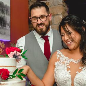 Classic and traditional wedding photos. at Brick Farm Tavern JPBC-41