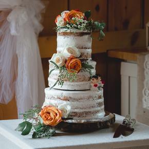 Best Poconos wedding photographers at Wallenpaupack Creek Farm ABRR-14