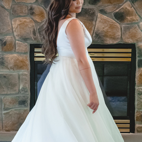 Best Poconos wedding photographers at Wallenpaupack Creek Farm ABRR-2