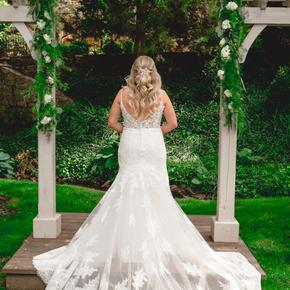 Philadelphia area wedding photographers at Pomme Radnor APMT-11