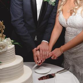 Philadelphia area wedding photographers at Pomme Radnor APMT-35